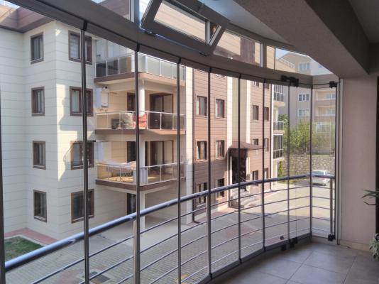 katlanir-seri-cam-balkon-04.jpeg